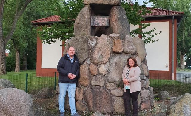Die neuen Stadteilgruppensprecher*innen, Birgit und Tobias